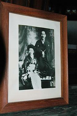 伝右衛門と白蓮の結婚写真